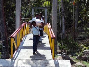 Puente peatonal y caballar, vereda de Capicisco