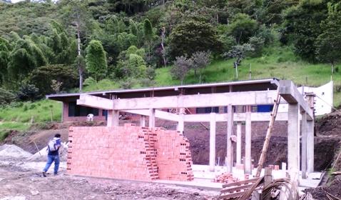 Construcción Batería Sanitaria Institución Educativa San Miguel de Avimara