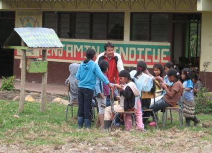 Institución Educativa Benjamín Dindicue
