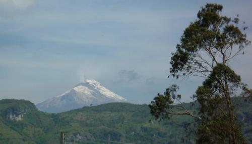 Nevado del Huila desde el resguardo del mismo nombre