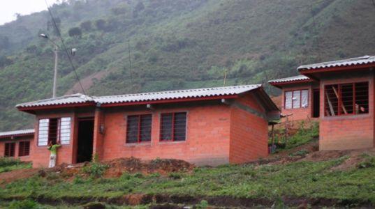 Proyecto de reubicación en Aguacatico, municipio de Páez