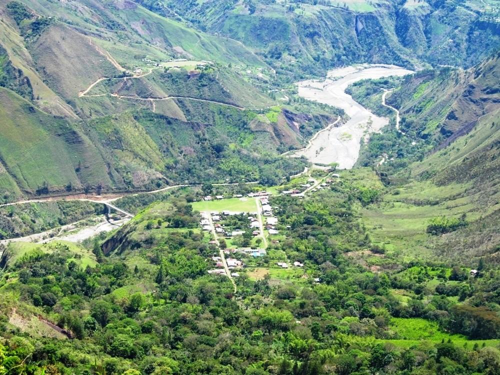 Reducción del riesgo ante la amenaza de flujo de lodo (avalancha) en el Volcán Nevado del Huila