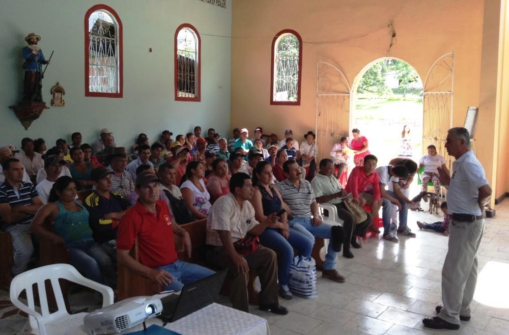 VINCULANDO PRODUCTORES A MERCADOS MÁS COMPETITIVOS