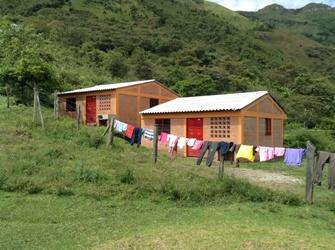 Viviendas dispersas en el municipio de Páez