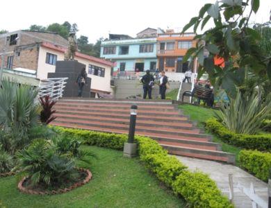 Panorámica uno de los parques de la población de Inzá