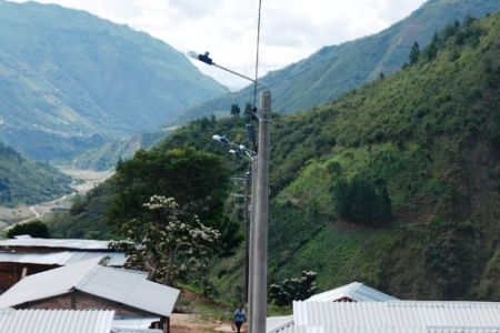 Electrificación proyecto de reubicación Guapió- Alto Putumayo