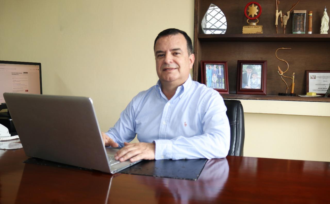 John Diego Parra Tobar director general de la Corporación Nasa Kiwe